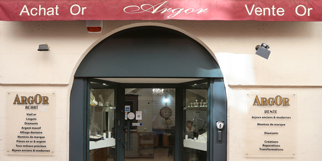 Achat d'Or à Nîmes et Vente d'Or chez Argor Nîmes en centre-ville et bijouterie (® SAAM-fabrice Chort)