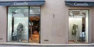 Boutique Cannelle Nîmes propose des vêtements pour les Femmes en centre-ville (® networld-fabrice Chort)