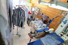 Pressing Nîmes Ville Active Clean Up nettoie, repasse et retouche vos vêtements et linge de maison (® SAAM-fabrice Chort)