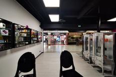 La boutique Dandy Cloud Nîmes vend des cigarettes électroniques, des e-liquides pour le vapotage et le sevrage tabagique (® dandy cloud)