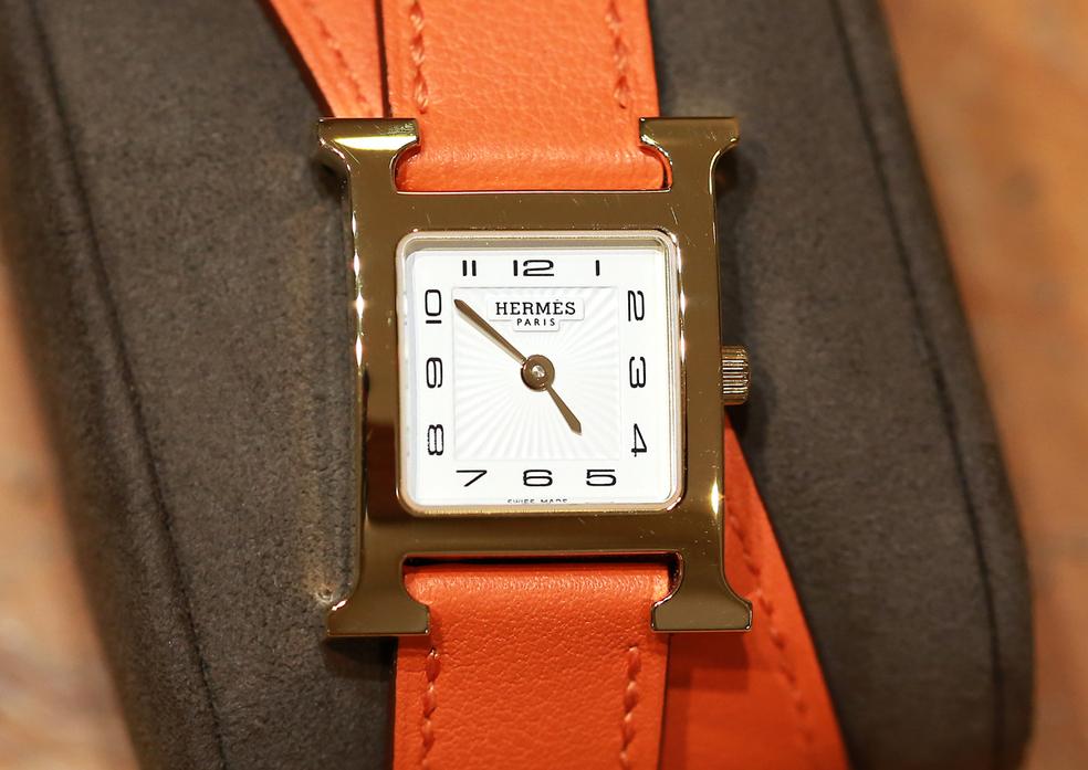 a08903bb38 ... Montre luxe Nîmes chez Thomas Joaillier Nîmes qui vend des montres de  marque pour hommes et ...