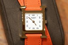 Montre luxe Nîmes chez Thomas Joaillier Nîmes qui vend des montres de marque pour hommes et femmes (® SAAM-fabrice CHort)