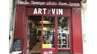 Art et Vin Caviste à Nîmes propose des dégustations les vendredis.(® art et vin)