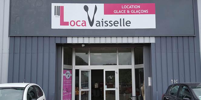 Loca Vaisselle Nîmes Magasin dédié à la location d'articles pour vos évènements annonce des promotions pour les Fêtes de fin d'année !