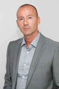 Michaël Stioui votre interlocuteur pour optimiser votre communication sur Nimes-Shopping.fr au  06 21 56 61 10 (® networld-fabrice chort)
