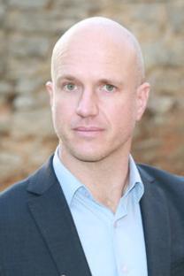 Sébastien Trinel votre interlocuteur pour optimiser votre communication sur Nimes-Shopping.fr (® networld-fabrice chort)