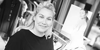 Boutique Cannelle Nîmes dédiée à la mode féminine en centre-ville est dirigée par Karin Hausberg.(® SAAM-fabrice Chort)