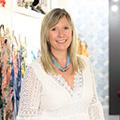 La boutique Blue Jeans BJB à Nîmes dédiée à la mode est gérée par Isabelle Vico.(® SAAM-fabrice Chort)