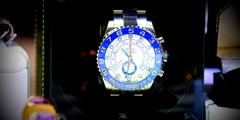Montres Nîmes dans les boutiques de montres ou magasins (® SAAM-fabrice Chort)